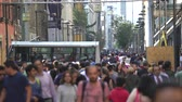 calçada : Mexico City street scene. Crowd of people walking in downtown