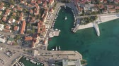 dalmácia : Aerial view of mediterranean city bay and port - Croatia, Brac island