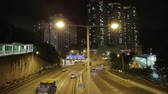 Straße in Hong Kong in der Nacht. Stock Footage