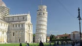 anıt : Leaning tower of Pisa seen in timelapse