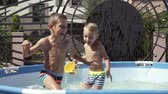 plavec : Kids are fun playing in the water and swim
