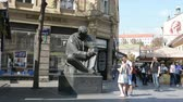 article : The statue of Nikola Tesla in the center of Zagreb