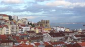 portugalština : An aerial view of the roofs in the Alfama district in Lisbon, Portugal