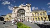 hungria : The facade of Keleti railway station in Budapest, Hungary
