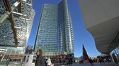 neuf : The skyscrapers in the Isola district in Milan Vidéos Libres De Droits