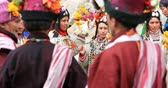 tibetano : Ladakh ethnic ceremony and dance of local minority people of Dha Hanu village