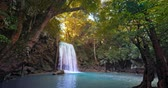 solitário : Spectacular waterfall in tropical forest. Amazing jungle nature background