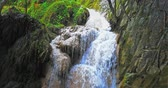 падение : Exotic waterfall cascade in nature wilderness