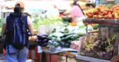 mercearia : Vegetables sold on street market in Hong Kong. Local people buy fresh produce in traditional shops