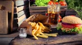 vegetal : Delicious takeaway burger with cold drink and fries