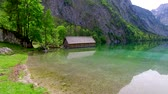 lugar : 360 degree view of an alpine lake Obersee in German Alps Vídeos