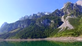 pano de fundo : Stunning sunrise over the mountain lake in Gosau in Austria, Alps