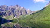 tepe : Beautiful lake in the middle of the Tatras mountains at dawn, Poland Stok Video