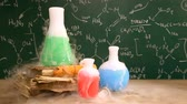 científico : Dynamic chemical reaction in the school laboratory