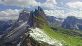 雄大な : First snow on Seceda in South Tyrol, Dolomites, aerial view