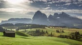 İtalya : Misty sunrise in Alpe di Siusi in summer, aerial view