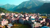 tibetano : Himalayan mountain in Besisahar, Nepal - October 19, 2017 Stock Footage
