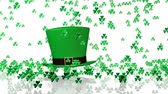 bizonyítani : Some Tiny Green Clovers Raining was Big Irish Hat Stock mozgókép