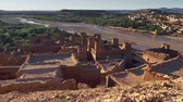 marokkói : Gimbal shot of Ksar of Ait-Ben-Haddou, an ancient fortified village in Morocco. 4K, UHD