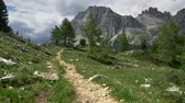 dolomit : Gimbal shot of a trekking trip through Dolomites, a mountain range in Italian Alps. 4K, UHD