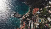 neapol : Flying over the Amalfi coast of Capri Island, Italy. Turquoise waters of Tyrrhenian Sea with reflection of sun are washing the coast. Aerial shot, UHD Dostupné videozáznamy
