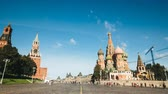 russo : St. Basils cathedral and Kremlin tower from Red Square hyperlapse in Moscow, Russia Vídeos