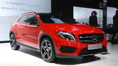 kompaktní : Mercedes-Benz GLA-Class compact SUV on display at the 2014 Brussels motor show.