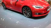 pilha : Tesla Model S all-electric, luxury, liftback car during the 2018 European Motor Show Brussels.