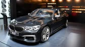статус : BMW 7 Series luxury executive sedan on display during the 2017 European Motor Show Brussels. Стоковые видеозаписи