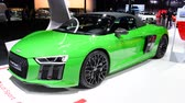 fabricante : Audi R8 Spyder V10 Audi Sport Edition GmbH sports car on display at the 2018 European motor show in Brussels.