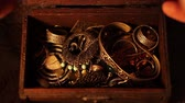 jewelry box : Finding a treasure chest. Stock Footage