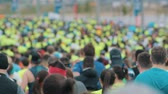 марафон : 20 may 2018, Kazan, Russia - Kazan Marathon, A lot of runners at the marathon - rear view Стоковые видеозаписи