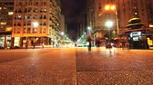 independencia : Nightly traffic on the Plaza Independencia in Montevideo  Stock Footage