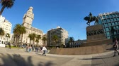 independencia : MONTEVIDEO, URUGUAY – SEPTEMBER 3: View of the Plaza Independencia on September 3, 2016 in Montevideo, Uruguay.