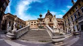 barokní : PALERMO, ITALY - CIRCA JUNE 2018: Time-lapse view on The monumental Praetorian Fountain in the heart of the historic centre on Piazza Pretoria circa June 2018 in Palermo, Italy.