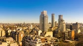 федеральный : Time-lapse view on the skyline of the city on a sunny day in Buenos Aires, Argentina.
