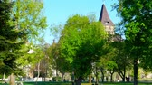 wegry : BUDAPEST, HUNGARY - CIRCA APRIL 2019: View on the famous Varosliget Park with the castle in the background circa April 2019 in Budapest, Hungary. Wideo