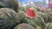 watermelons on the market Wideo