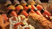 eat : sushi closeup