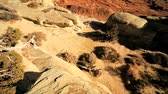 provocação : Scenic beauty of dry desert rock shapes formed by wind & water erosion Stock Footage