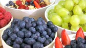 význam : Delicious fresh fruit & cereals giving the perfect start to a busy modern lifestyle Dostupné videozáznamy