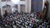 Казахстан : Men attend Friday prayer in the main mosque in Almaty.