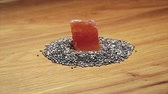 vitamíny : Chia seeds and papaya on wooden cutting board