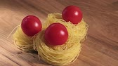 смаковать : Egg pasta with cherry tomatoes