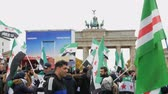 yardım : Demonstration of Syrian refugees Berlin, Germany, October 15, 2017