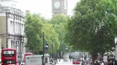 ônibus : View Along Whitehall Looking Towards Big Ben In London Vídeos