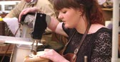 miara : Bespoke Shoemaker Stitching Together Leather Pieces For Shoe Wideo