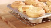 специальность : Yorkshire puddings in a muffin tin