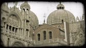 europa : Tilt up shot of a religious building in Italy. Vintage stylized video clip.