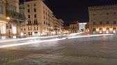 passeio público : Heavy traffic in a city square in Rome, caught on time-lapse. Shot in Rome, Italy. Panning shot.